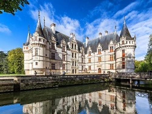 castles_azay_le_rideau