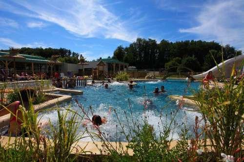 hébergement_cure_la_roche_posay_piscine