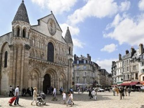 towns-villages_poitiers