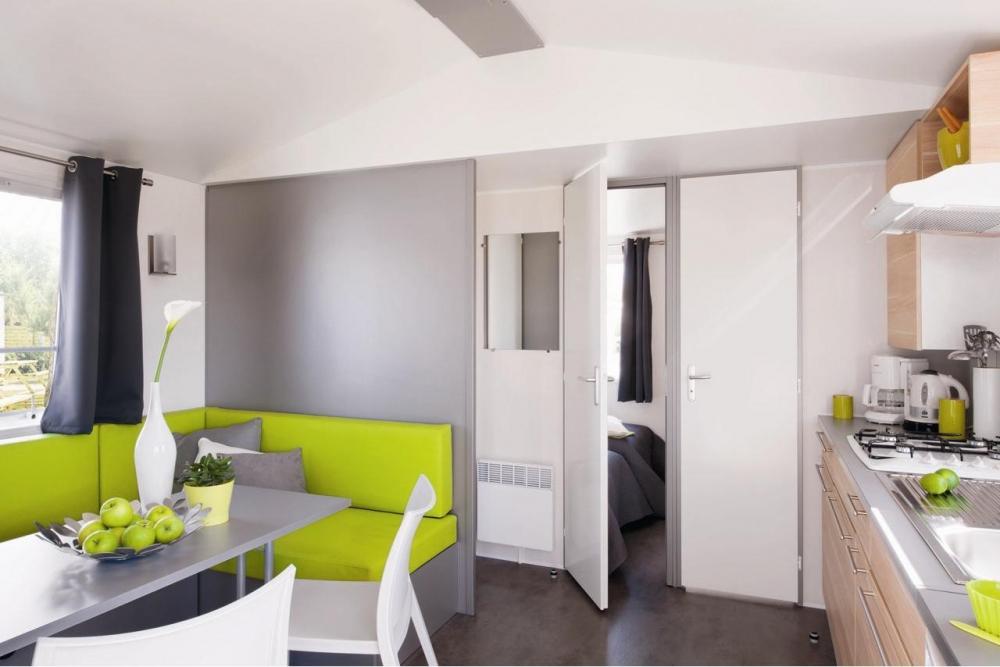 cottage 2 chambres terrasse semi couverte camping la roche posay vacances. Black Bedroom Furniture Sets. Home Design Ideas