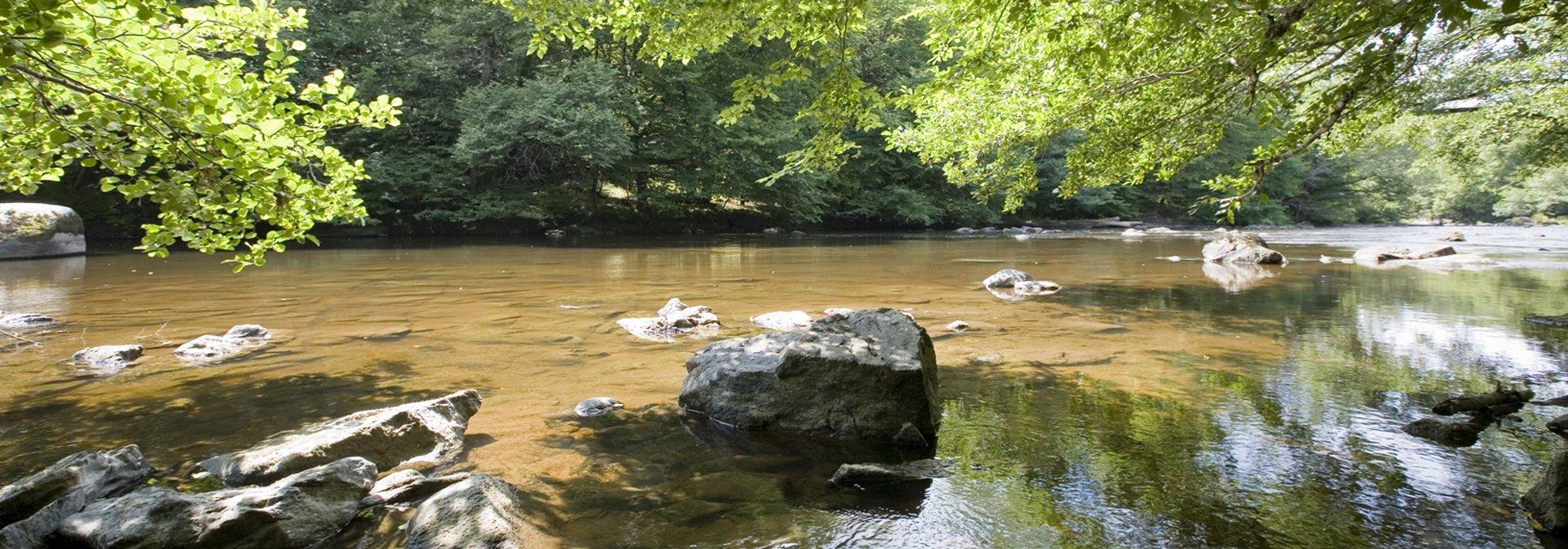 Camping la roche posay piscines futuroscope vienne for Camping loire atlantique avec piscine couverte
